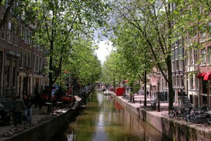 canal-100535_1280